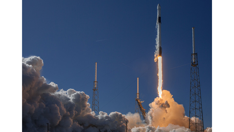 The launch of a rocket carrying satellites loaded by Spaceflight (Credit: SpaceX)